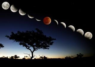 Corbis. Composição sobre um eclipse lunar visto da África do Sul