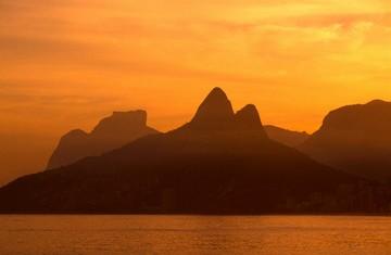 Morro Dois Irmãos, Rio de Janeiro. © Paulo Fridman/Corbis