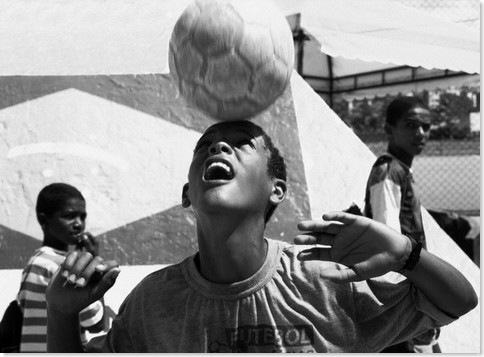 Brazil, Land of Soccer © Fabio Polenghi/Corbis