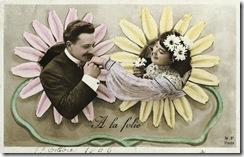 Man Kisses Woman's Hand © Trolley Dodger/Corbis