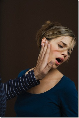 Man Slapping Woman © Turba/zefa/Corbis
